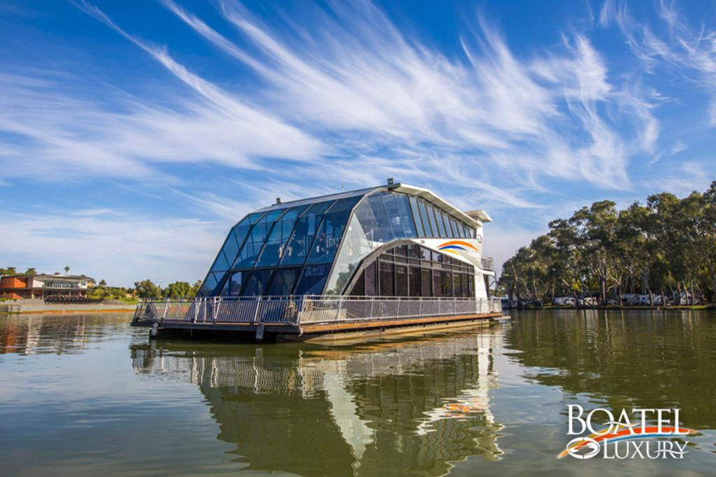 All Seasons Houseboats - Wagga Wagga Accommodation