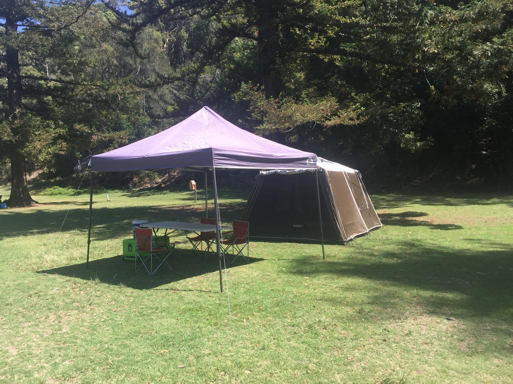 Basin Ku-ring-gai Campsite Set Up - Wagga Wagga Accommodation